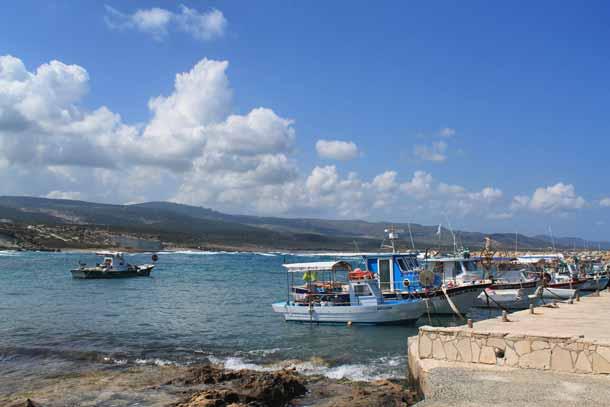 Температура воды на Кипре в апреле