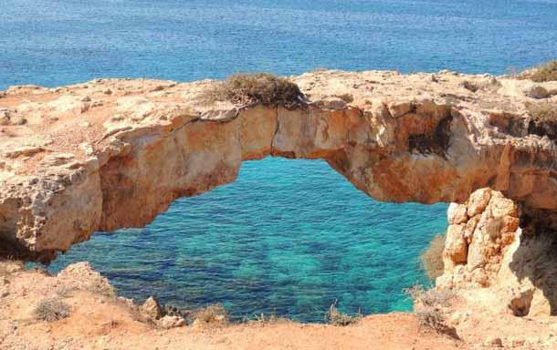 Мост грешников в Протарасе