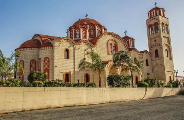Церковь Святой Варвары в Паралимни фото