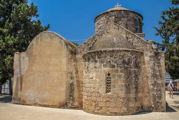 Церковь Святой Анны в Паралимни