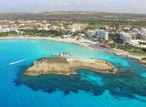 Пляж Нисси Бич в Айя-Напе (Кипр): фото, описание