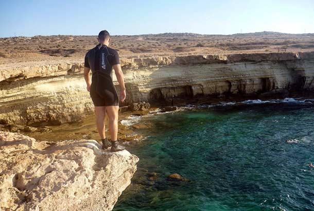 Прыжки со скалы Мыс Греко