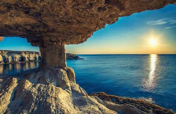 Побережье Айя Напы (Кипр)