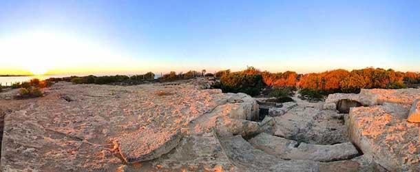 Гробница Макронисос в Айя Напе