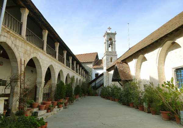 Монастырь Хрисороятисса на Кипре