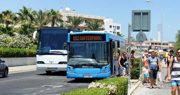 Автобус на соленое озеро в Ларнаке