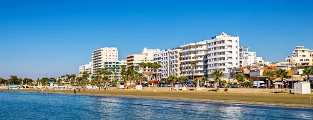Пляж Финикудес на Кипре