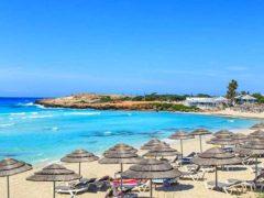 Погода на Кипре в августе: отдых и температура