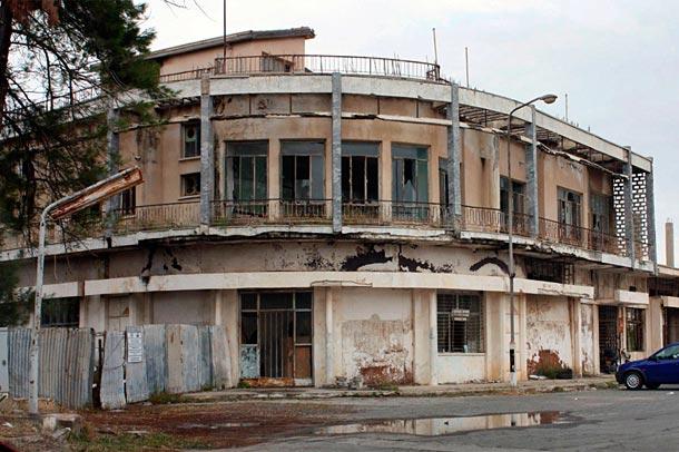 Вароша город призрак на Кипре фото