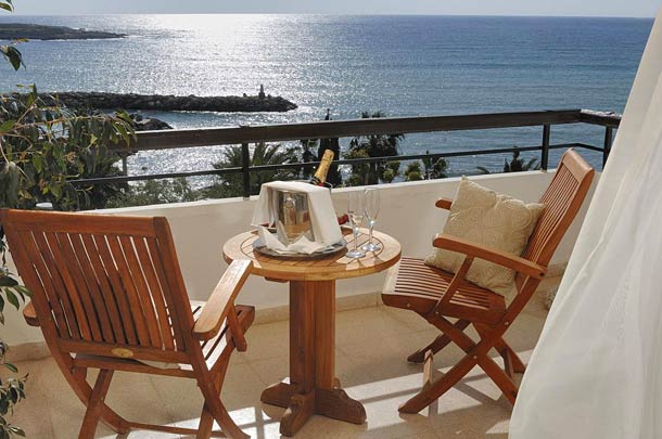 Номера в отеле Корал Бич в Пафосе