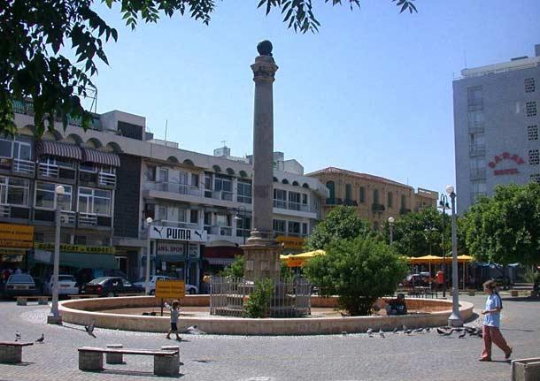 Площадь Ататюрка в столице Кипра