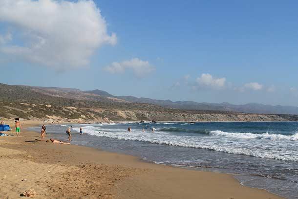 Дикий пляж Лара
