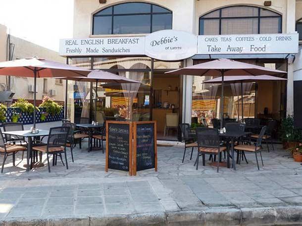 Кафешки в городе Лачи на Кипре