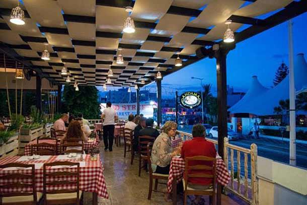 Таверна Andama Tavern в Протарасе