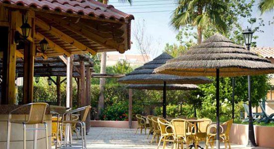 Отель Atlantica Gardens Apts 3* (Лимассол, Кипр): описание