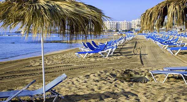 Пляж отеля Sunrise Gardens 4*