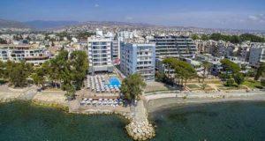 Гармония Бей отель на Кипре