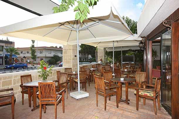 Бар в отеле Вероника (Кипр)