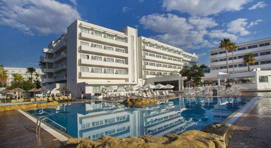 Отель Atlantica Sancta Napa в Айя-Напе: фото