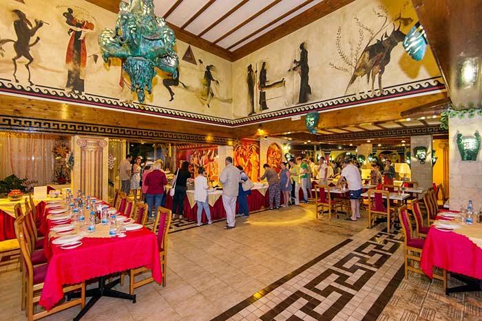 Питание в отеле Роман 3 на Кипре