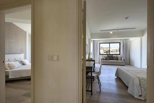 Номер в Venus Beach Hotel 5 на Кипре (Пафос)