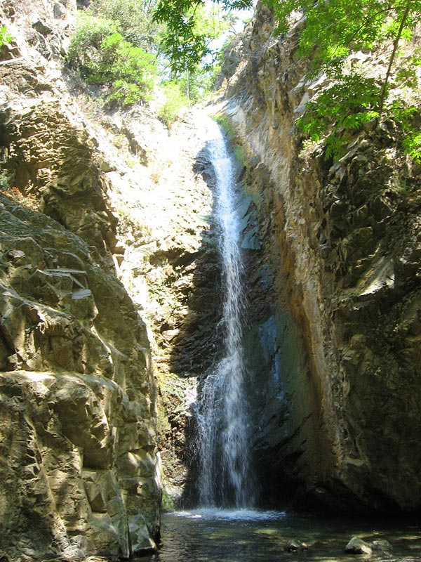 Водопад Милломерис (Кипр)
