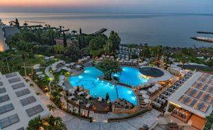 Люксовый отель Mediterranean Beach 4 в Лимассоле (Кипр): описание